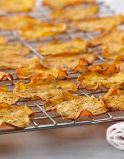 Bir başka atıştırmalık: Fırında patates cipsi
